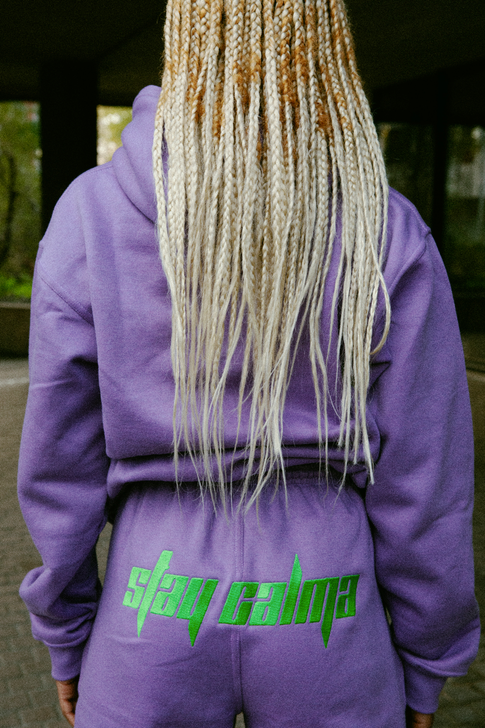 Stay-Calma-lilac-girl-tracksuit