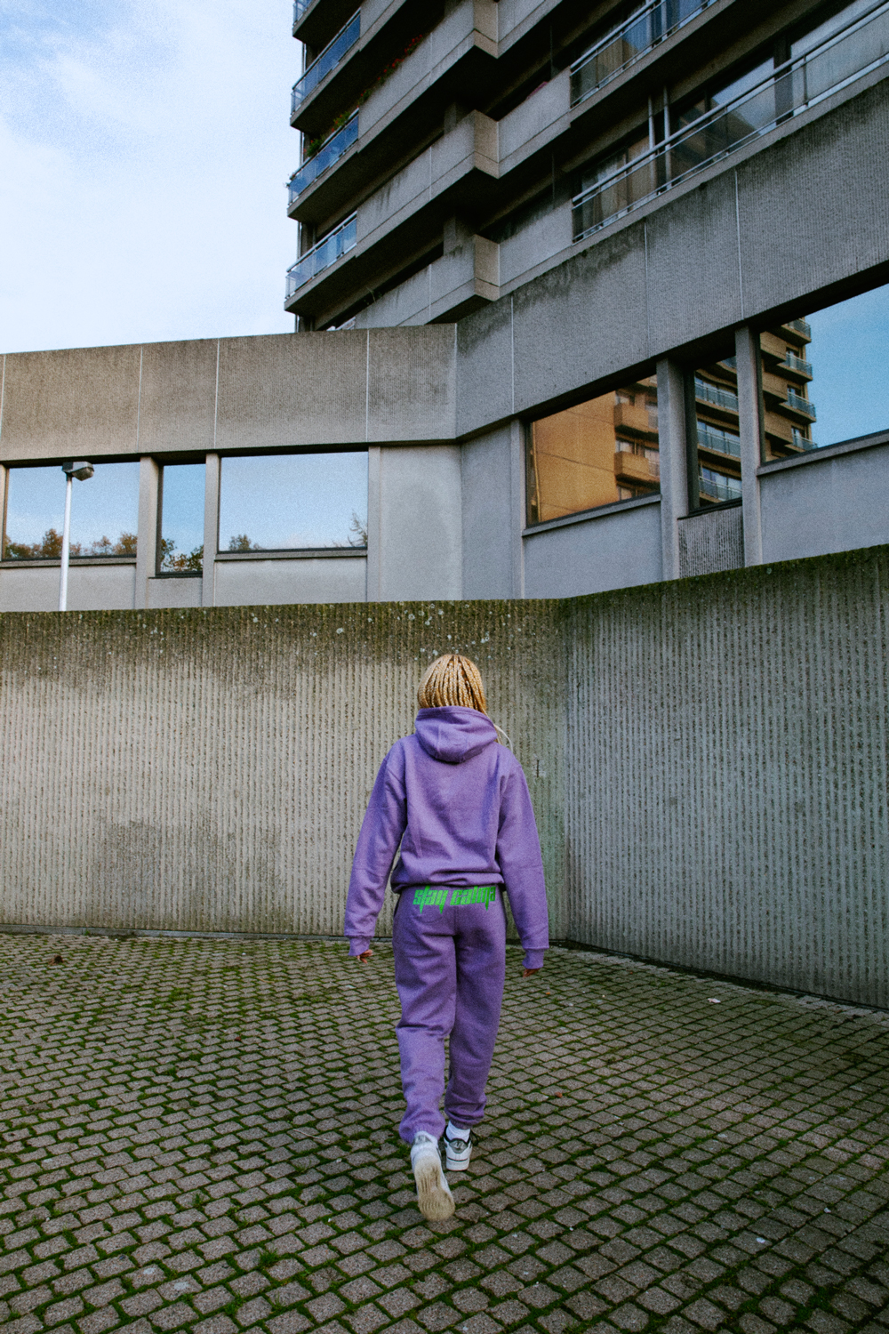 Stay-Calma-lilac-tracksuit