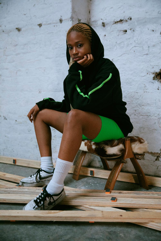 StayCalma-black-hoodie