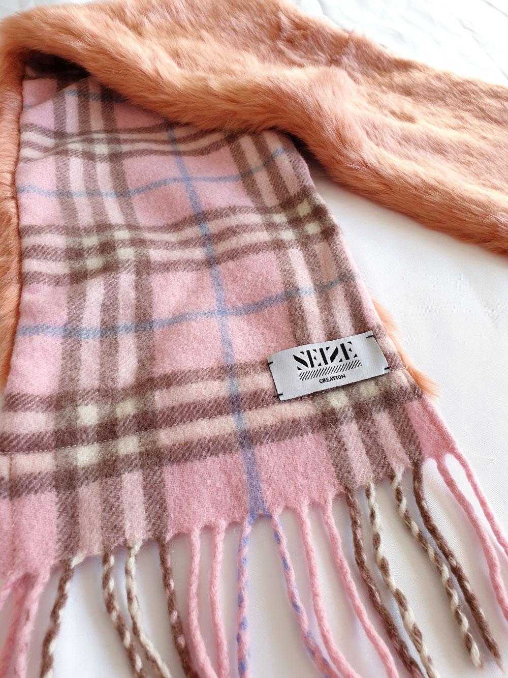 AtelierNumeroSeize_pink-scarf-pink-side